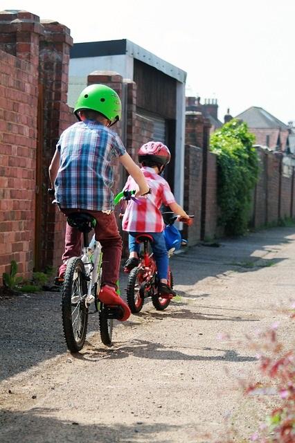 kids on bikes photo